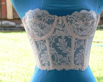 white boned  strapless low back  corset size 34a