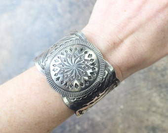 Arrow Bracelet / Wide Sterling Fred Harvey Era Style Bracelet / Vintage Stamped Southwest Jewelry