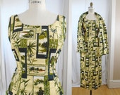 1950s Asian Tiki Dress Pale Yellow Bamboo Leaves Chinese Frog Side Slits pin up VIVA VLV //Small TO Medium