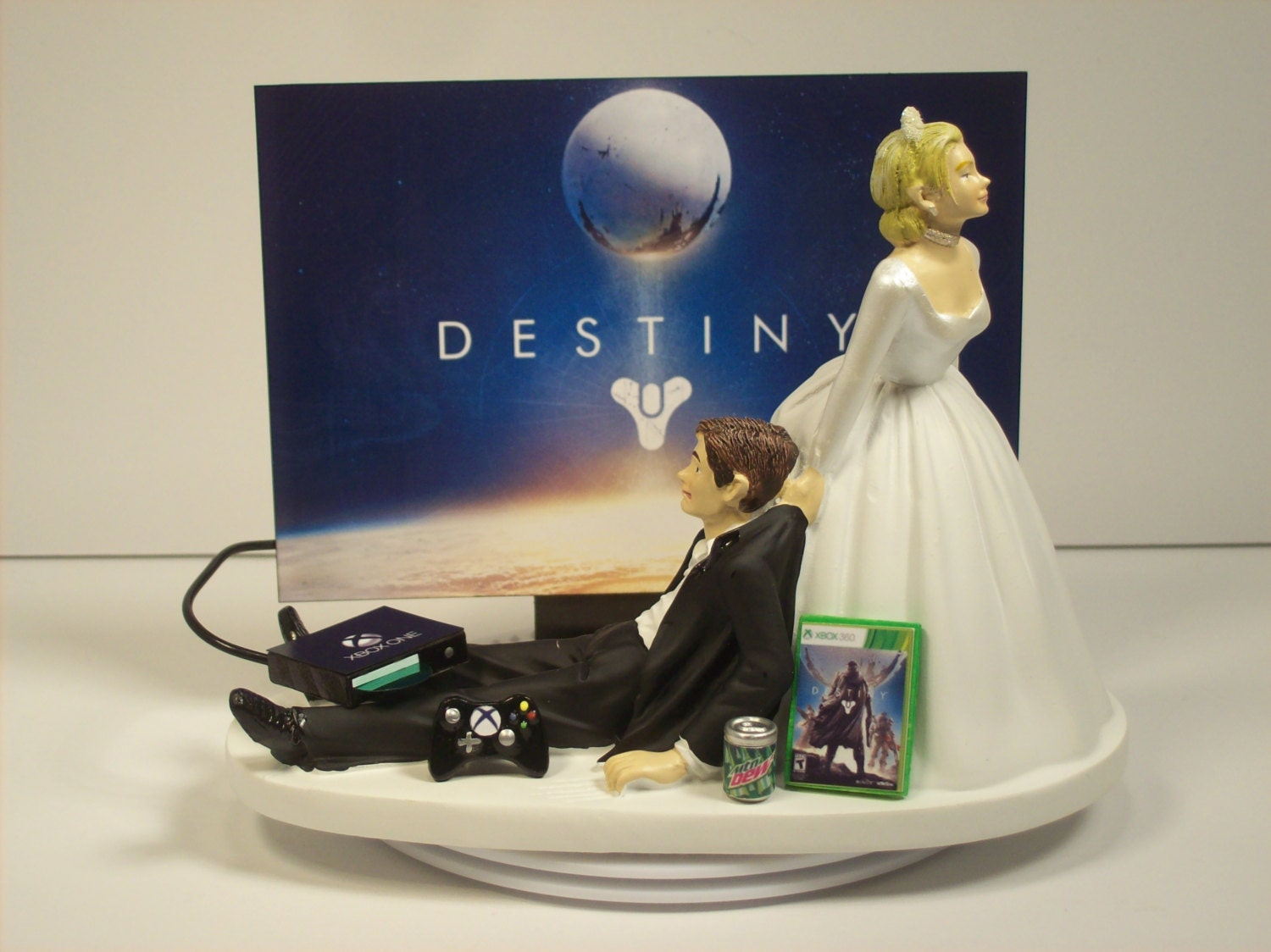 Video Game Junkie X Funny Gamer Wedding Cake Topper by