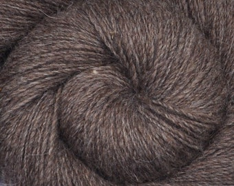 Handspun yarn - THE WAYFARER - Natural color gray Domestic wool yarn, fine sport weight, 370 yards