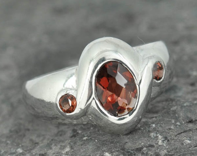 Garnet ring, sterling silver ring, oval, red, gemstone, ring, january, birthstone, one of a kind
