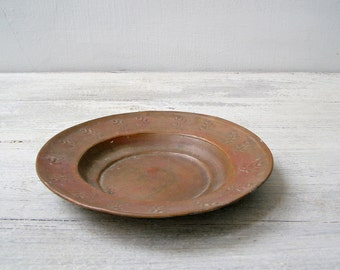 Rustic Patina Copper Bowl Plate, Mediterranean Floral Antiqued soup Plate, Metal Plant Pot Base, Oriental Snack Bowl, Collectible Copperware