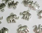 10 Elephant Pachyderm Charms antique silver 18x20mm PLF10778Y
