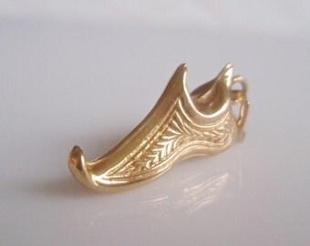9 ct Gold Aladdin's Slipper Charm