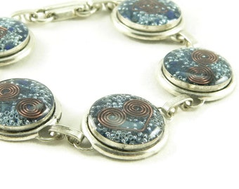 Orgone Energy Circle Link Bracelet in Antiqued Silver with Lapis Lazuli Gemstone - Artisan Jewelry - Orgone Energy Jewelry