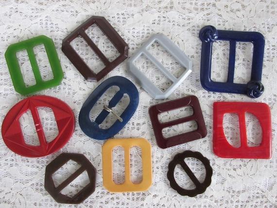 11 Vintage plastic slide buckles, tote bag, back pack supplies, sewing supplies, Mixed Media, vintage clothing restoration, sewing DIY kit