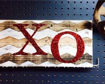 Valentine's sign, glitter XO