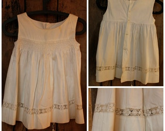 Easter Girls Dress - Simple white girls classic dsress with lace