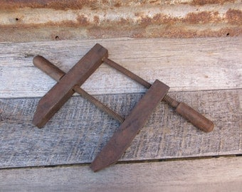 Antique Wood Clamp Wood Working Carpenter Wooden Vice Tool Antique Tools Rustic Wood Shop Display Item Wall Hanger Wood Vice Antique Clamp