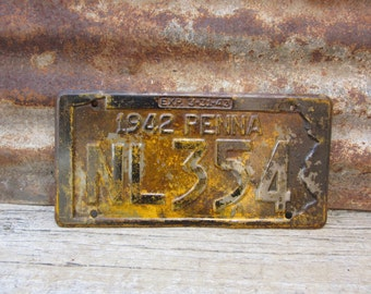 Vintage Metal License Plate Antique 1942 Car Aged Patina Rusted Rusty vtg Pennsylvania Pa Rusted Naturally Distressed Old License Plate Tag
