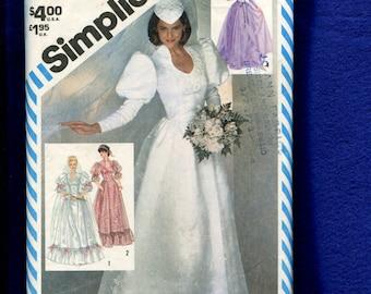 Vintage 1982 Simplicity 5724 Deep Funnel Neckline Puff Bishop Sleeve  Wedding Dress Size 16