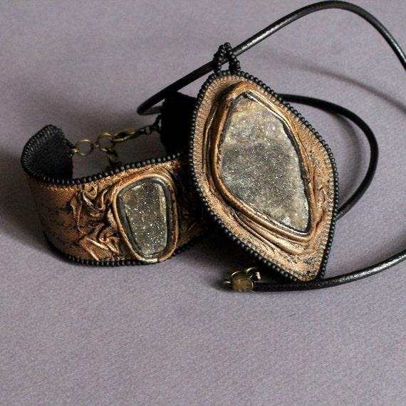 Chalcedony shine bead embroidery genuine leather metallic