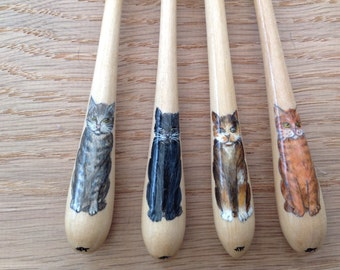 Painted Bayeux lace bobbin - choice of cats