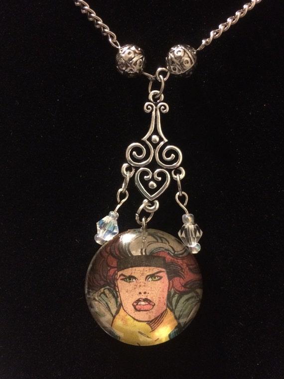 Rogue Pendant Necklace
