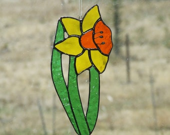 Stained Glass Daffodil Sun Catcher For Your Spring Window