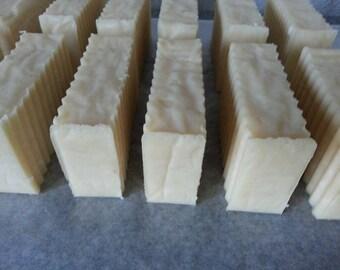 2.5 lbs Goat's Milk Loaf - Aloe Vera - Free Shipping USA