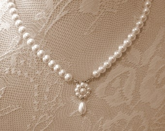 Bridal Ivory Pearls Necklace Flower Bridal Necklace Vintage Choker Wedding Pearls Silver Necklace Bridal Pearls Necklace Drop Pearl Necklace