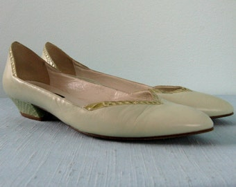 Vintage 1980s Shoes 80s Mint Green Leather Snakeskin Flats by Anne Klein Made in Italy Size 8.5N