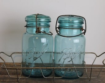 Vintage Blue Quart Canning Jars in Wire Metal Rack // Ball Ideal //  Clamp Top Jars