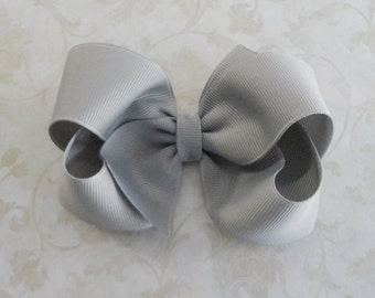 Silver Gray  Hairbow, Grey Hairbow, Girls Twisted Boutique Hair Bow, Christmas Bow, Baby Hairbow,  4 inch Grosgrain Ribbon Hair Bow