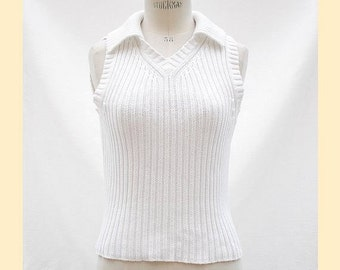 Vintage 80s top knitted in chunky white cotton rib, sleeveless with ribbed collar, UK size 12