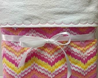 Baby blanket girl, flannel blanket, receiving blanket, swaddling blanket, new baby gift, pink baby bedding,  toddler blanket, crib blanket