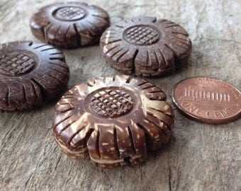 4pcs 25mm Coconut Wood Flower Beads, Jewelry Making, DIY, Craft Supplies, Jewelry Supplies