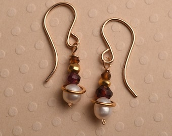 Pearl and Garnet Earrings, Healing Gemstone Jewelry, Gemstone Gold Drop Earrings, January Birthstone Earrings