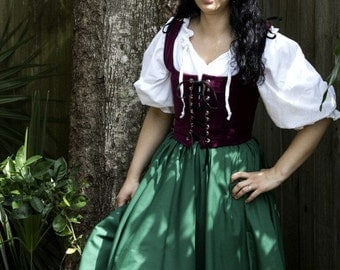 Long Hippie Renaissance Circle Skirt Green