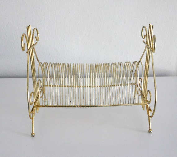 Mid century gold wire record rack or letter by cardinalcache for Gold letter rack