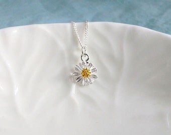 Daisy Necklace. Sterling Silver Daisy Pendant. Floral Necklace. Sterling Silver Necklace. Simple Dainty Everyday, Easter Spring Jewelry