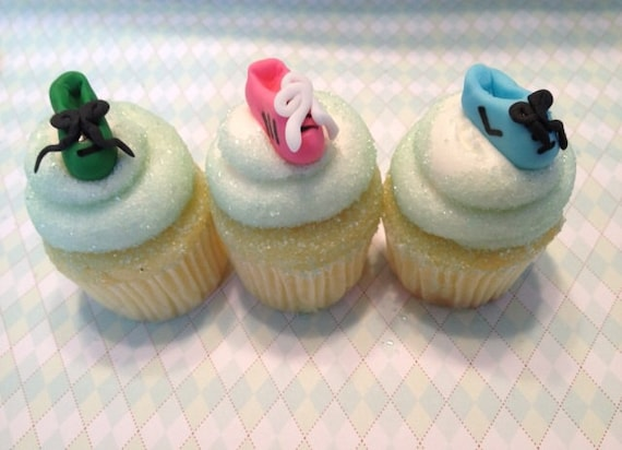 running tennis shoes mini fondant cupcake and cookie