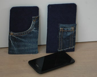 Blue felted and jeans mobile sleeve