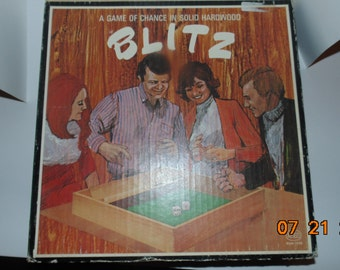 Vintage 1974 Blitz game dice Reiss wooden box Party family game