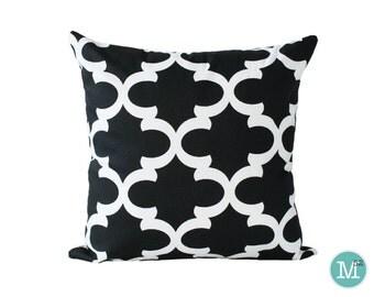 Black Moroccan Quatrefoil Lattice Pillow Cover Sham - 18 x 18, 20 x 20 and More Sizes - Zipper Closure - sc1820