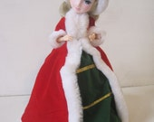 """Brinn's White Christmas Collectible Edition Musical Figure Height  12"""" Vintage E829Bs"""