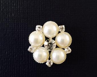 Pearl and rhinestone buckle set of 12