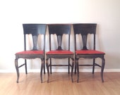 set of 3 vintage Heywood Wakefield dining chairs. retro distressed furniture. primitive farmhouse decor.