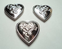 3 pcs - Matte Silver plated Heart lockets with floral design - m24ms