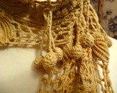 French vintage hand crochet scarf. Paris