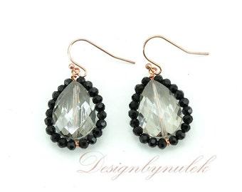 Jet crystal earring.