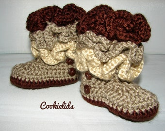Ruffled crocheted infant girl boots with buttons