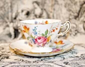 Vintage English Hammersley & Co. Bone China teacup…made in England…P4487.