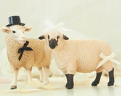 Sheep Wedding Cake Topper - Farm Wedding Cake Topper - Sheep Bride Groom Figurine - Rustic Country Farm Animal Wedding Cake Topper
