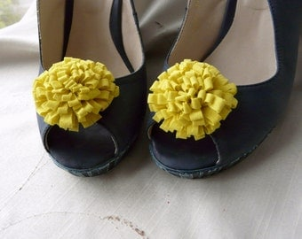 Shoe Pin Accessory, Yellow Flower Shoes, Yellow Shoe Pins, Shoe Clip Flowers, Yellow Bridesmaid Gift