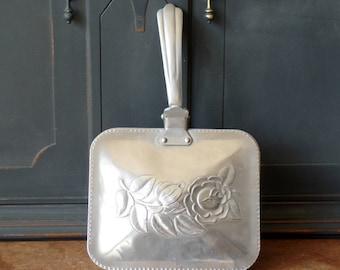 Vintage Silent Butler, Crumb, Pewter, Rose, Hammered Design, Collectible