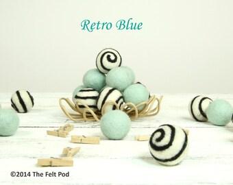 Wool Felt Balls // DIY Garland // DIY Mobile // Wool Beads // Swirl Balls // Retro Blue Felt Balls // 2.5 cm // 20 Count