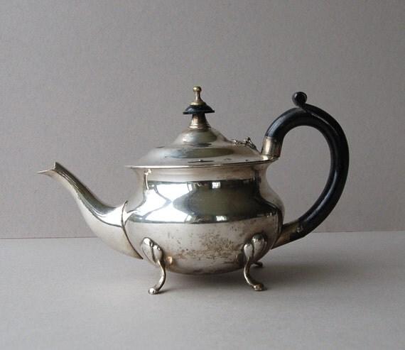 Sheffield Design Art Deco Teapot