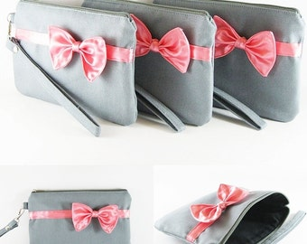 SUPER SALE - Set of 5 Gray with Little Peach Bow Clutches - Bridal Clutches,Bridesmaid Wristlet,Wedding Gift,Zipper Pouch - Made To Order
